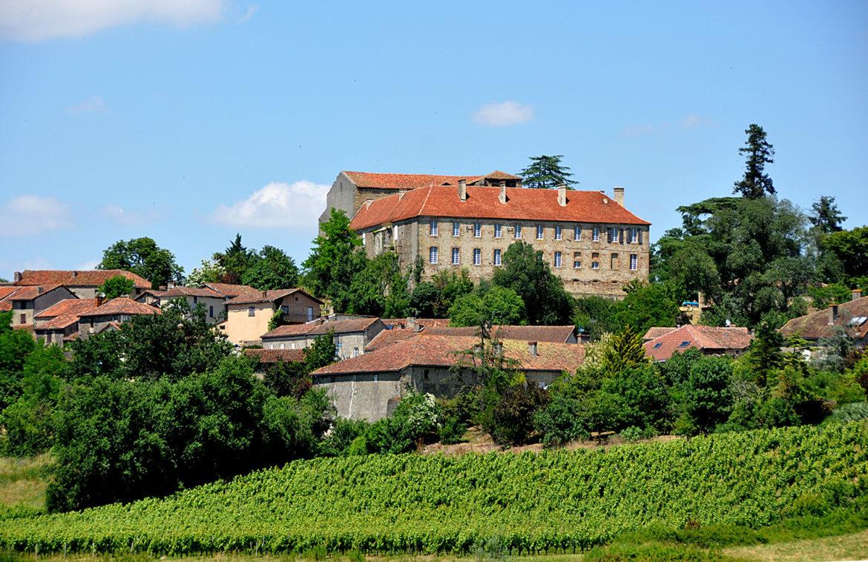 Monastère-de-Saint-Mont.jpg
