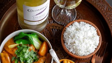 Curry de légumes d'automne, riz basmati et légumes au cumin